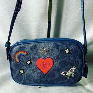 Sweet blue leather Coach patches small handbag